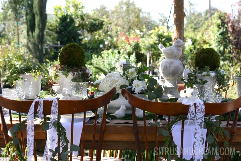 Gorgeous Green and White Fall Table