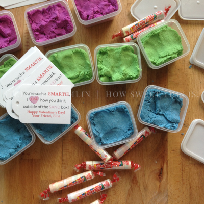 Kinetic Sand Favors